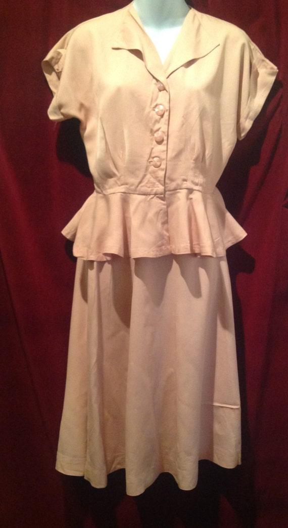1940s /1950s  2 piece PINK Gaberdine Ladies Suit.