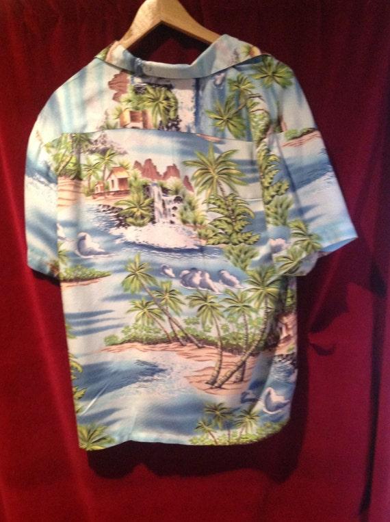 1940s -50s Rayon Hawaiian Shirt // 50s Rayon Hawa… - image 4