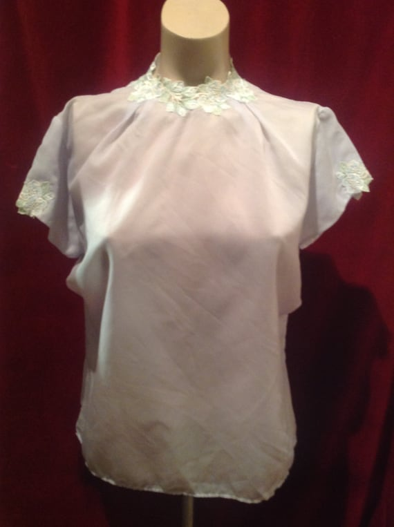 1940s Embroidered Ladies Blouse