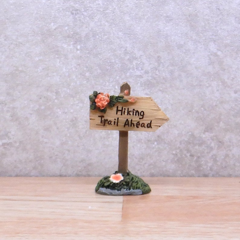 Hiking Trail Ahead Sign, Fairy Garden Miniature, Fairy Garden Sign, Path  Sign, Directional Sign, Suggestion Sign, Indicator Sign / #55831MDI