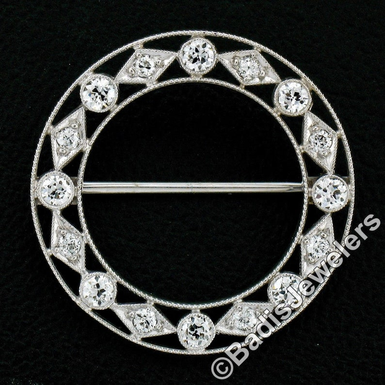 14k White Gold 0.24ctw Round /& Baguette Diamond Circle w// Swivel Dangle Pendant