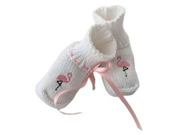 Baby shoes, knitting shoes, knit tinged boots, flamingo, embroidery flamingo, white, pink, satin ribbon, with packaging