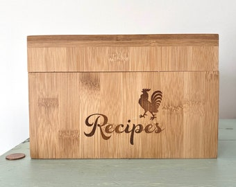 Vintage Wood Chicken Rooster Recipe File with Recipe Cards