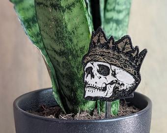 Skull King or Queen Magnet or Plant Stake- Danse Macabre Memento Mori Dark Humor Gothic Black Magic Spooky Creepy Cute Kitchen Locker Oddity