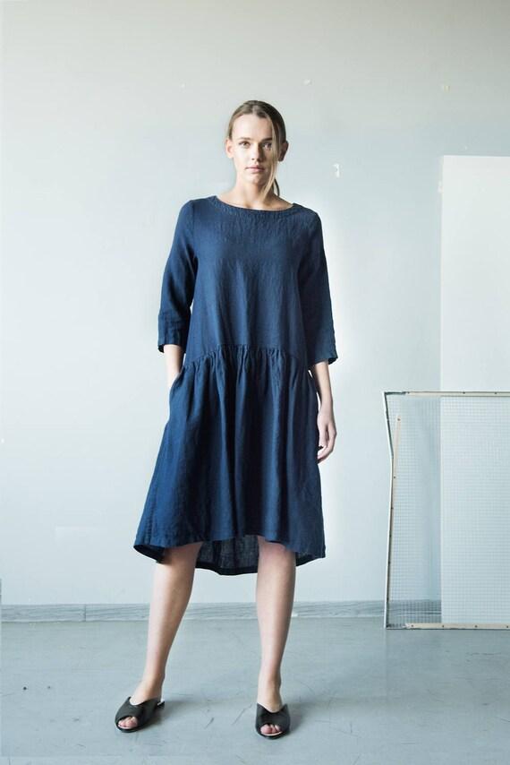 dfc3ed283a0d Robe en lin robe bleu marine robe longue manches vêtements   Etsy