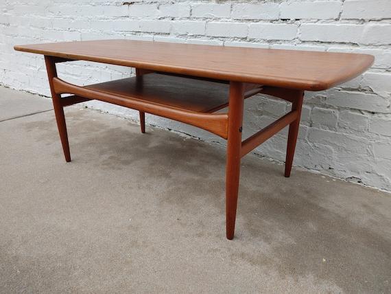 Mid Century Modern. Danish Coffee Table