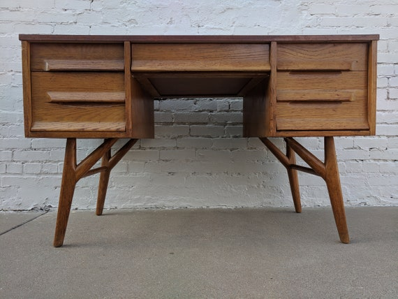 Mid Century Modern Solid Oak Desk with Laminate Top by Jack van der molen