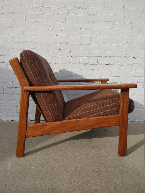 Mid Century Modern Teak Side Chair
