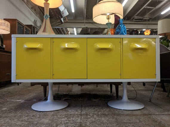Mid Century Modern Raymond Loewy for Broyhill Chapter One Tulip Base Credenza