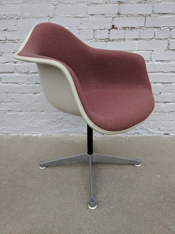 Mid Century Modern Herman Miller Arm Chair