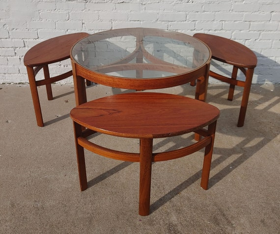 Mid Century Modern Table and Nesting Benches