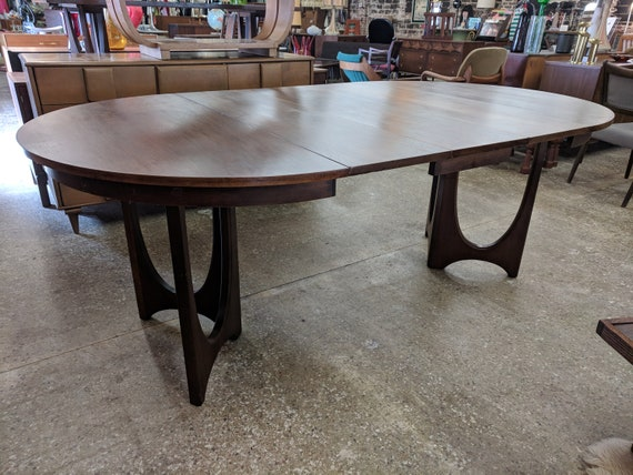 Mid Century Modern Broyhill Brasilia II Dining Table and 6 Chairs