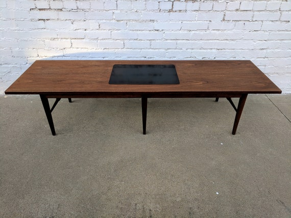 Mid Century Modern Dillingham Espirit Coffee Table