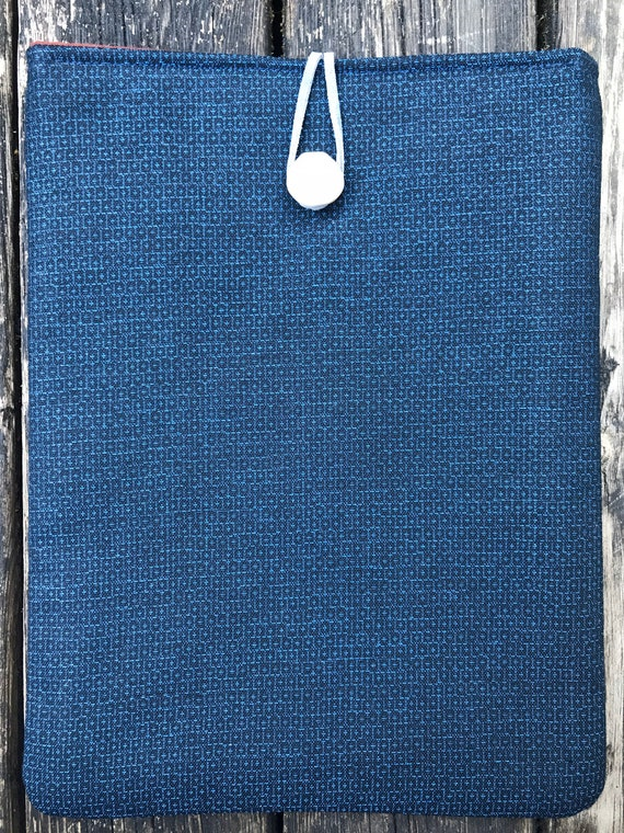 Ipad cover. Ipad case. IPad Air cover. Made from vintage kimono fabric and vintage cream wooden button.