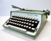 Vintage Green Remington 2...