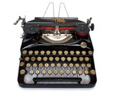 Antique Typewriter, Erika...