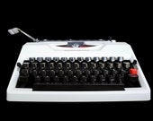 White typewriter, Retro T...