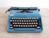 Retro Typewriter, Teal Ma...