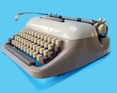 Mid Century Typewriter Tr...