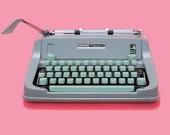 Vintage Typewriter, Herme...