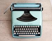Retro Aqua Typewriter, Re...