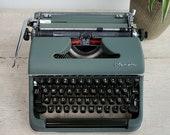 Olympia SM3 Typewriter, V...