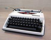 Working typewriter, Retro...