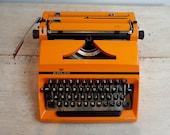 Retro Orange Typewriter, ...