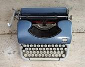 Classic Vintage Typewrite...