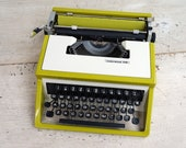 Retro Underwood 310 Typew...