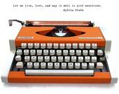Retro typewriter, Orange ...