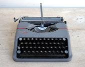 Vintage Hermes Baby Typew...