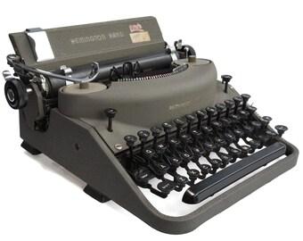 1950's Remington Rand Portable Noiseless Typewriter no.7,