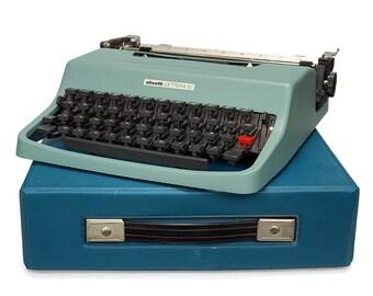 Classic Typewriter, Vintage Olivetti Typewriter, Lettera 32 Manual Vintage typewriter with Retro Blue soft case, Vintage Office Typewriter