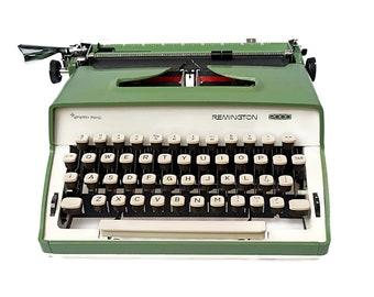 Green Remington 2000 Typewriter, Manual Typewriter, Remington Portable Typewriter, Remington Sperry Rand, Retro Working Typewriter QWERTY
