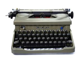 Mod 90 Everest Typewriter, Industrial Working Typewriter from the 1940s Rare Retro Typewriter