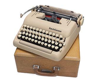 Rare Smith Corona Silent Super 5T, 1950's Typewriter, Office Typewriter, Desert Sand Classic Vintage Typewriter