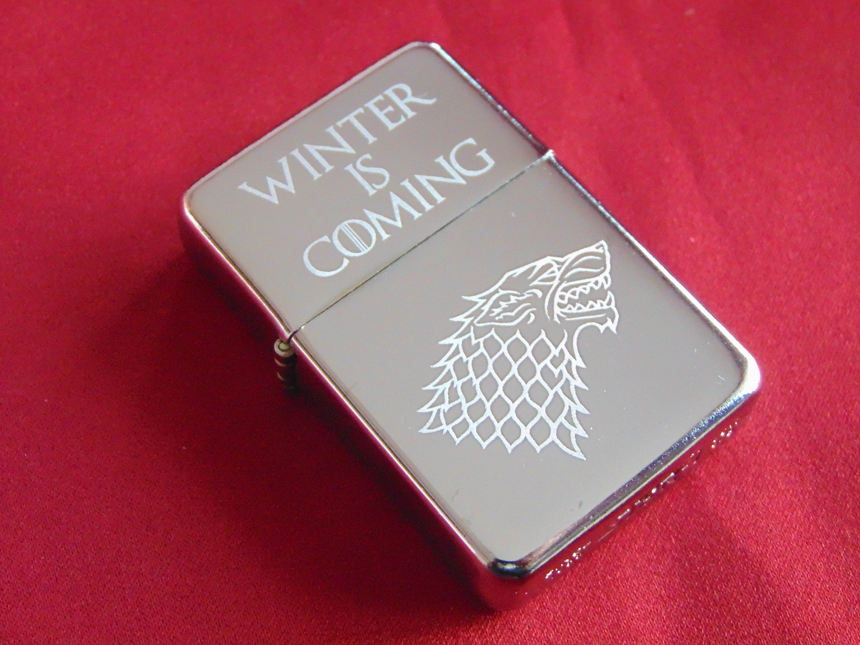 Gold Game of Thrones Stark Direwolf Engraved Lighter /& Gift Box FREE ENGRAVING