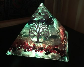 Orgone Pyramid, Reiki infused, Chakra, Meditation, Color Therapy, Night light #197