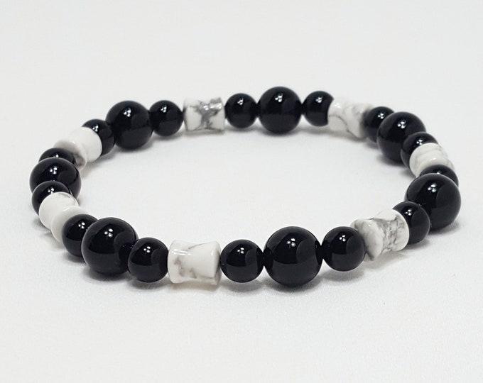 Good Energy Vibes - Strength + Inspiration Bracelet - Howlite & Black Onyx Gemstone Beads - Energy Healing Meditation Yoga Chakra Stones