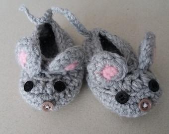 Baby Mouse Booties 0-3 m. Handmade, crochet.