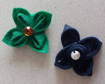 Batch of flower-shaped brooches, handmade
