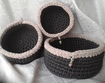 Baskets, 3-unit lot, handmade (crochet)