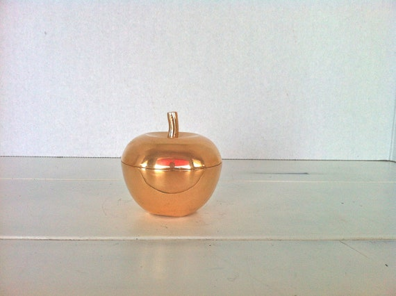 Brass Apple Trinket Box/Apple Catchall Box/Brass A