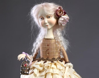 The birdie (art doll from paperclay, one of a kind)