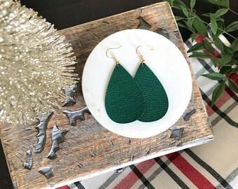 Emerald Green Leather Earrings / Green Earrings / Leather Earrings / Leather Jewelry / Statement Earrings / Statement Jewelry