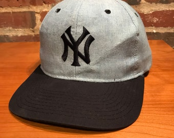 fe2415bccc2 Vintage New York Yankees Plain Logo Snapback Hat Adjustable Rare Baby Blue  By Starter The Classics