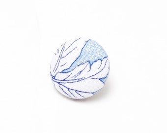 """Frost"" Floral Lapel Button"