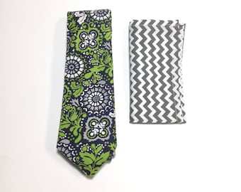 """The """"Wavy Island Green Gravy"""" Tie and Square Pack"""