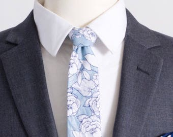 """The """"I Believe..."""" Floral Tie."""